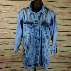 Thirty 6 Point 5 Over Sized Jean Jacket Size Small